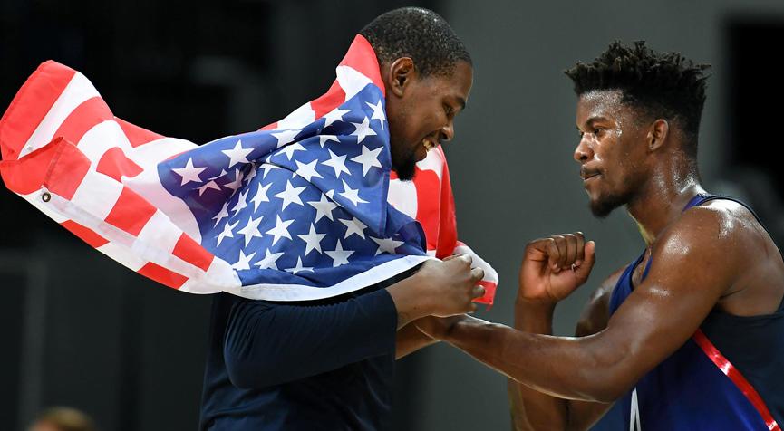 Kevin Durant comemora o ouro - Rio 2016