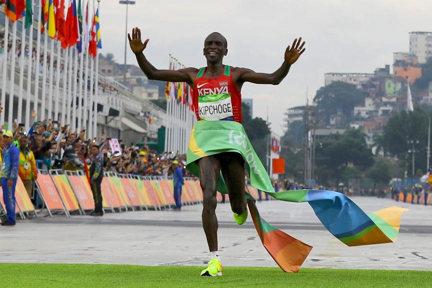 Queniano vence maratona - Rio 2016