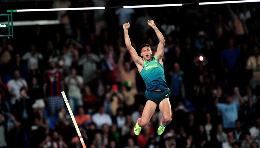 Thiago Braz no salto com vara - RIO 2016