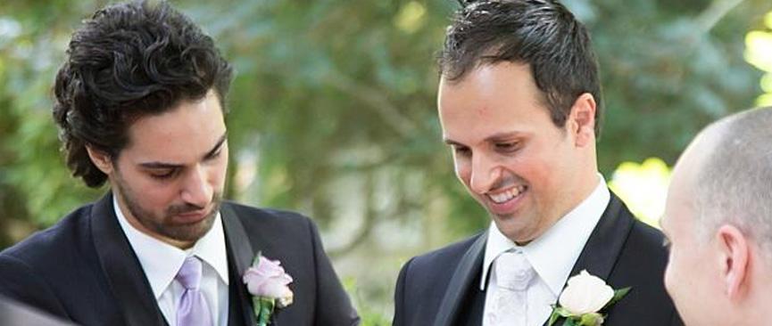 O padrinho Daniel no casamento de Adrian e Sarah Buccheri